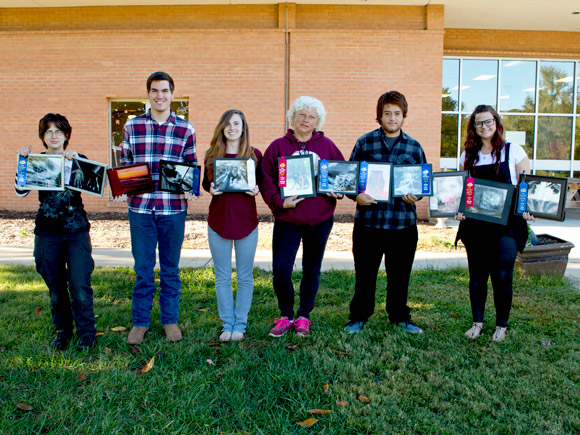 Isothermal students take a host of awards in photo and art contests