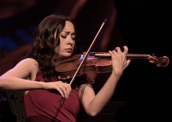 Violinist Lucia Micarelli to present eclectic program at The Foundation, free for students